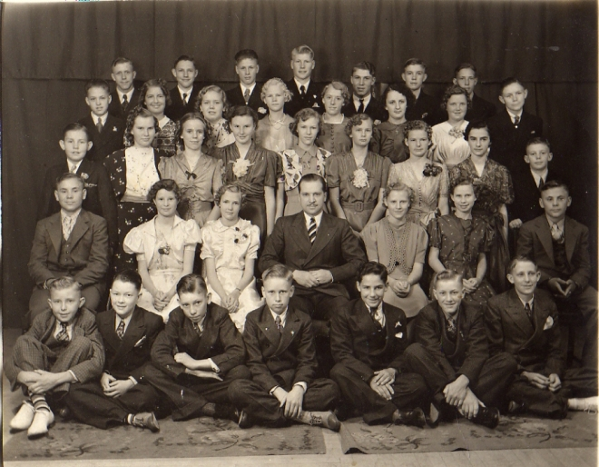 Glacius Merrill's Class about 1938 or 1939
