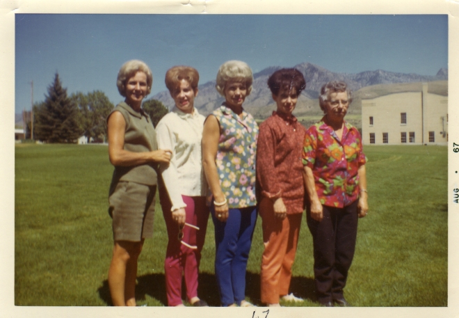 Andra Reunion, 1967, Sergene, Colleen, Millie, June, Mary.