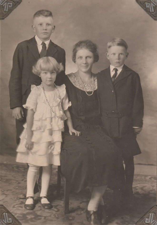 Calvin, Armina, Nellie, and Melvin Jonas about 1925