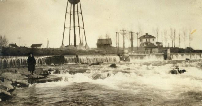 River Falls, 1922