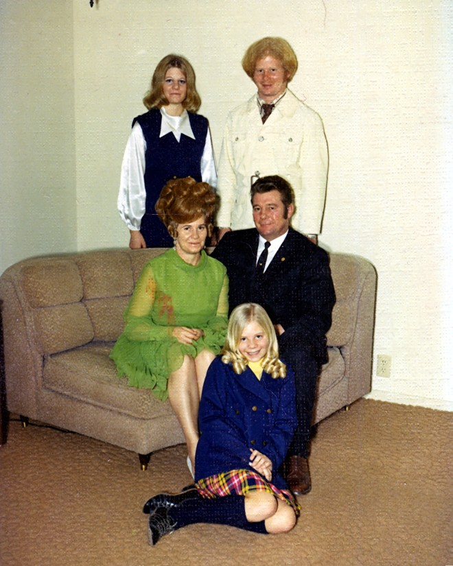 Back(l-r): Sandy and Doug; Sitting: Colleen and Norwood Jonas; Floor: Jackie.