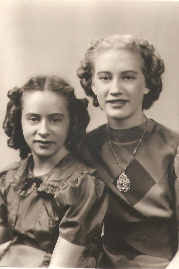 Shirley and Edith Gudmundson